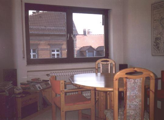 Wohnung 1 0 tisch for Wohnung tisch